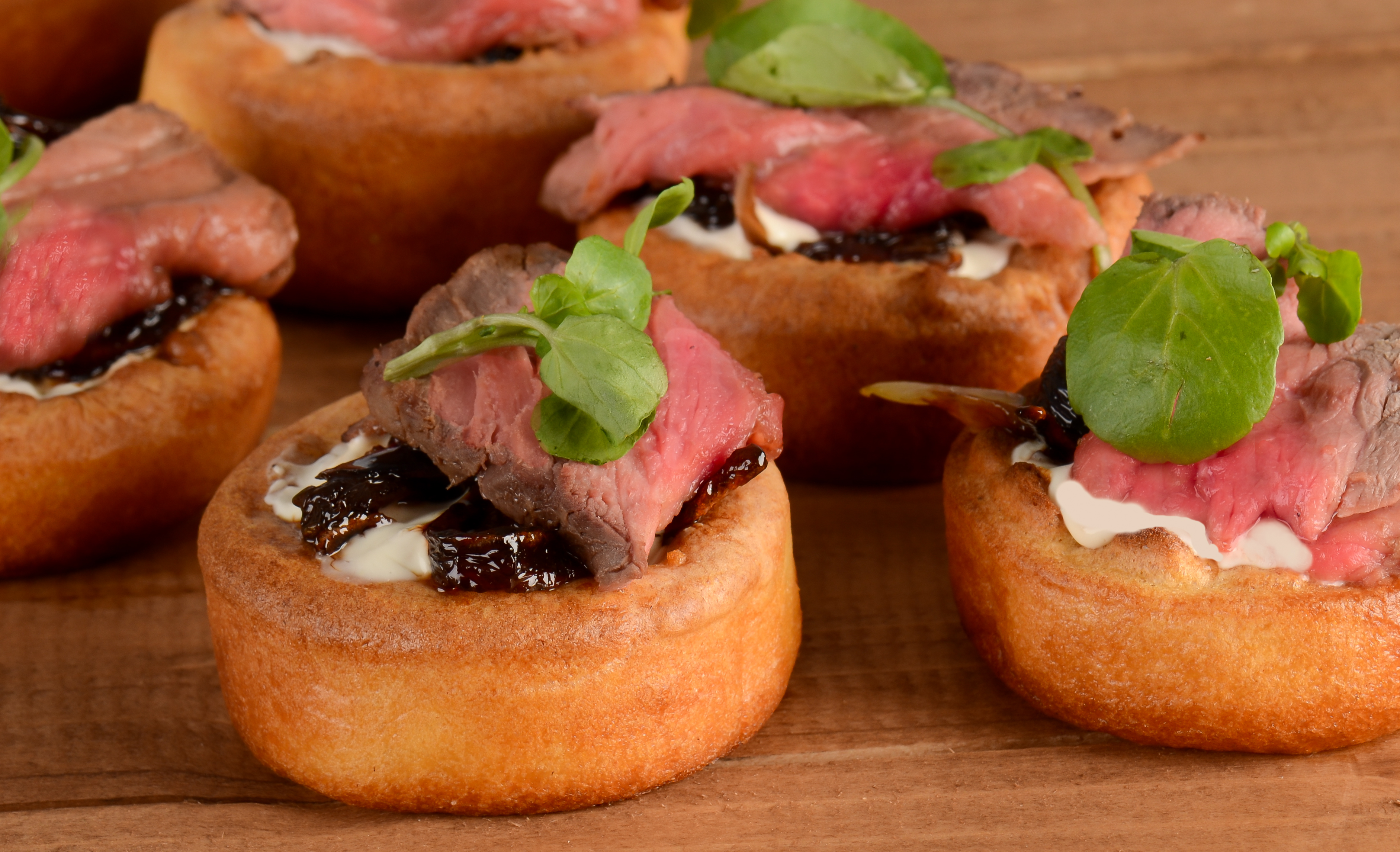 Design your own buffet flavoured fork for Yorkshire pudding canape